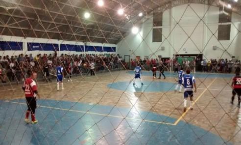Com 10 rodadas realizadas, Municipal de Futsal 2015 é sucesso de público
